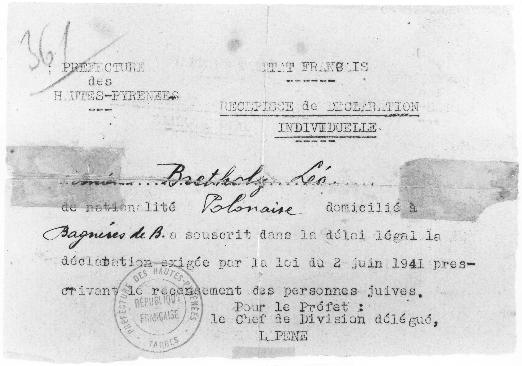 Affidavit signed by the mayor of Limoges attesting to the good conduct of Leo Bretholz.