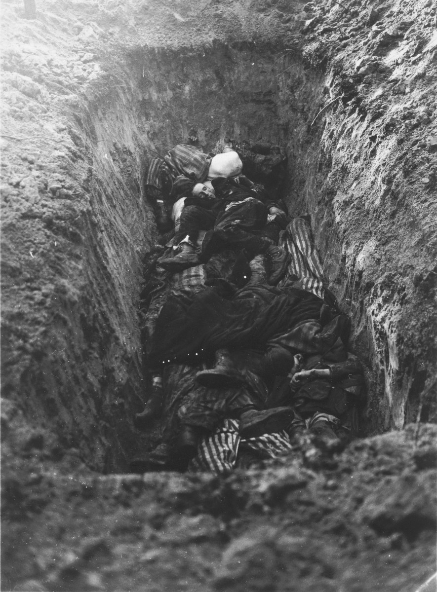 Liberated prisoners bury those who died on the Schwandorf death train.