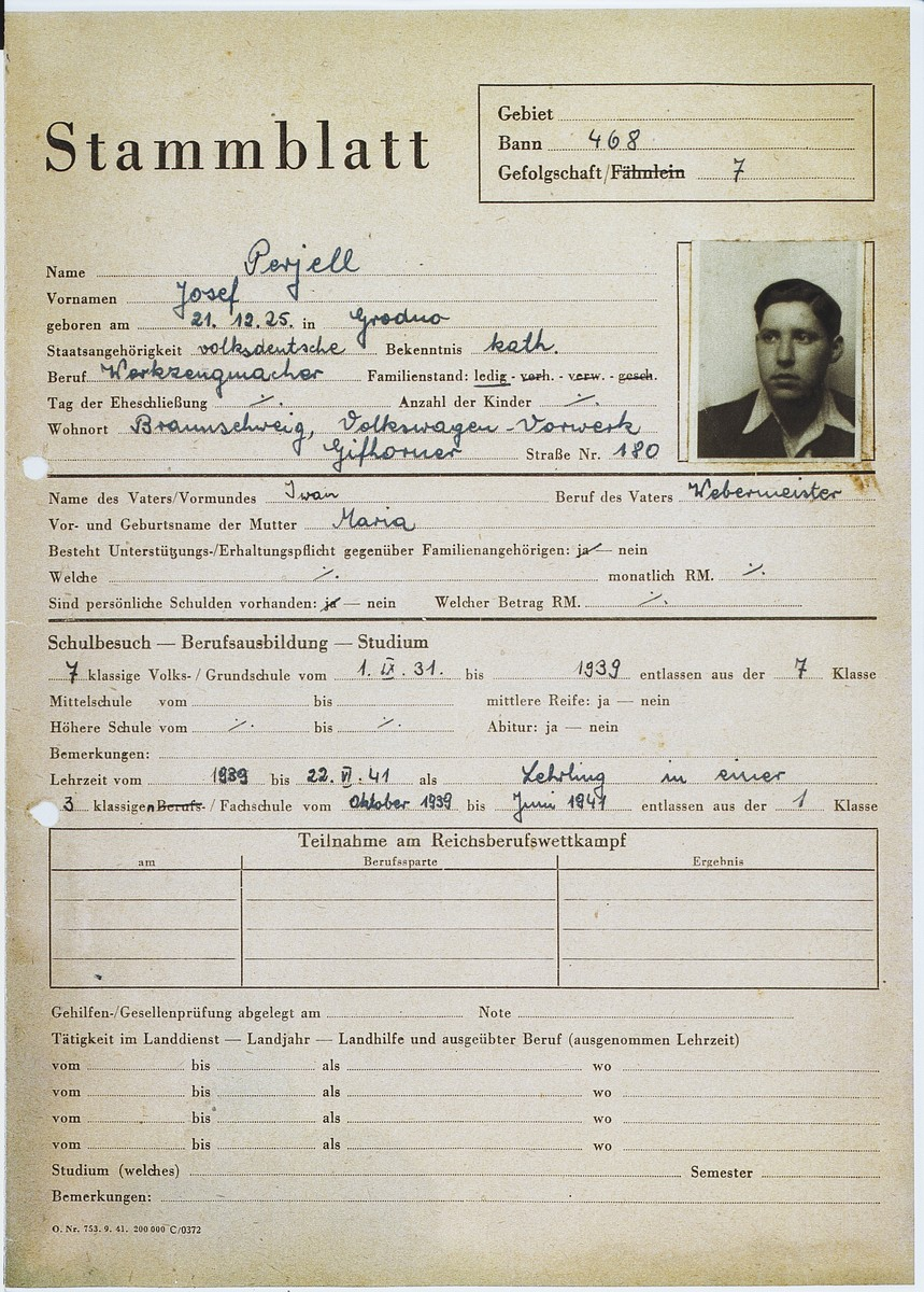 Personal information sheet for Josef Perjell (Solly Perel) while he was posing as a member of the Hitler Youth.  He states that he was a Catholic of pure German nationality.
