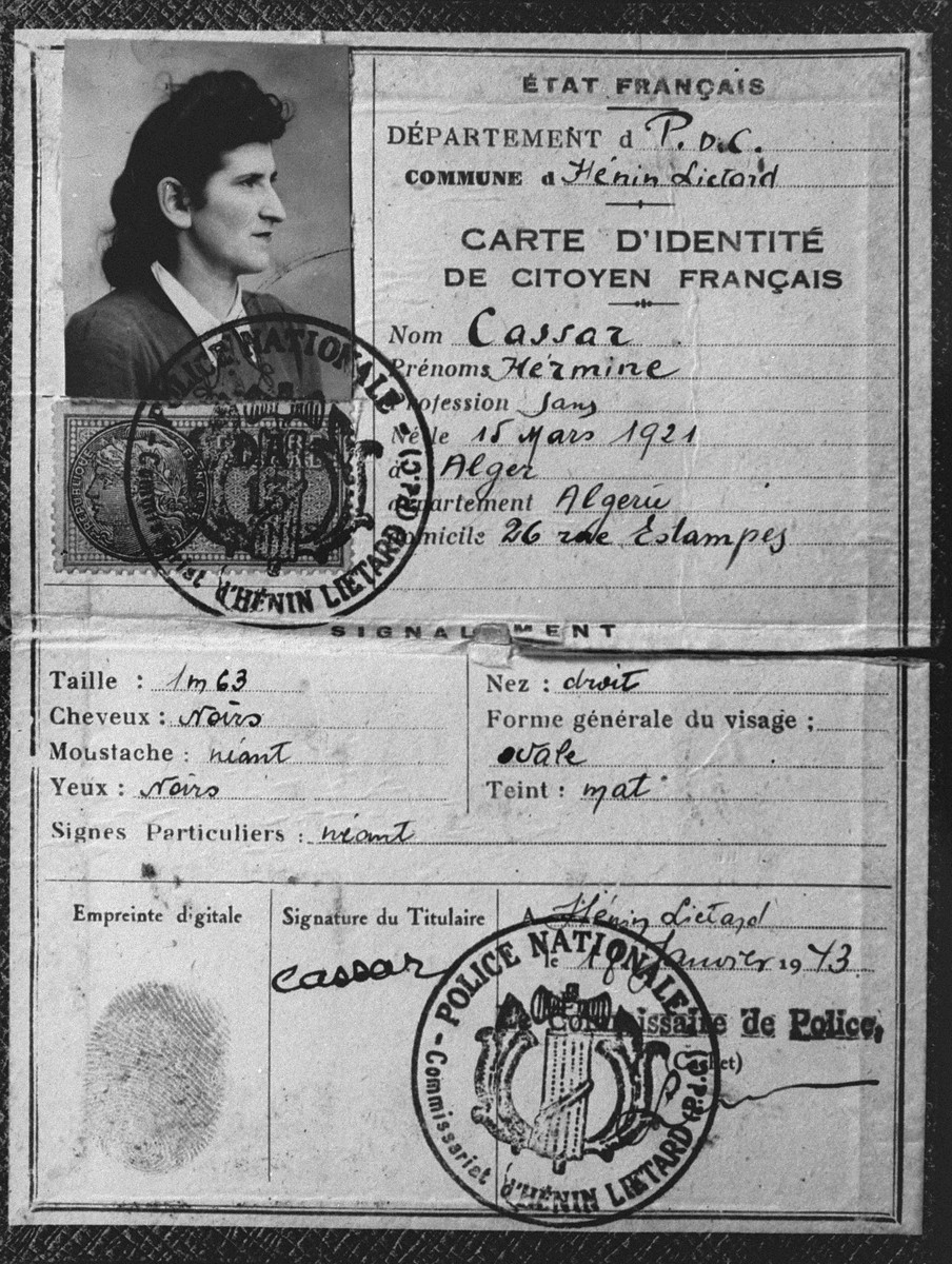 False identity card for Hermine Katz with the last name Cassar made by gendarmes in Marseilles at the request of the nuns in the convent.