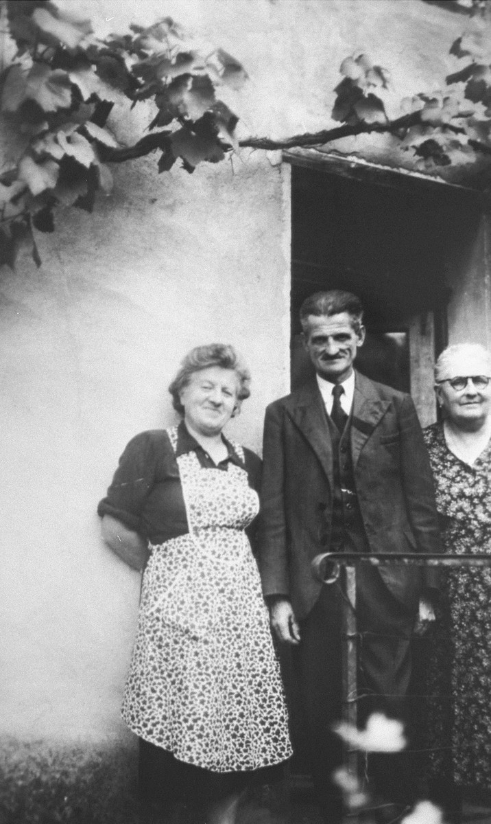 Josephine (left) and Victor Guicherd with an unidentified woman.