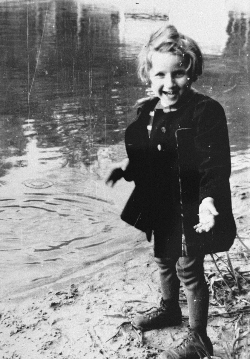 Portrait of Evelyn Goldstein as a hidden child in Berlin.   The photograph was taken by Hilde Kniess, Evy's rescuer.