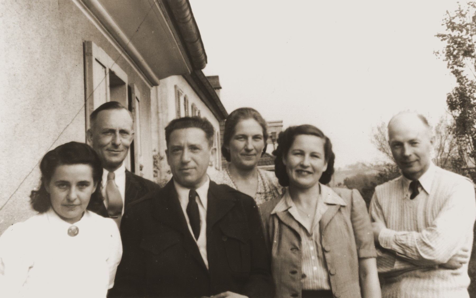 Michel Schadur (third from the left) wirh members of the UNRRA team in the Backnang displaced persons' camp.