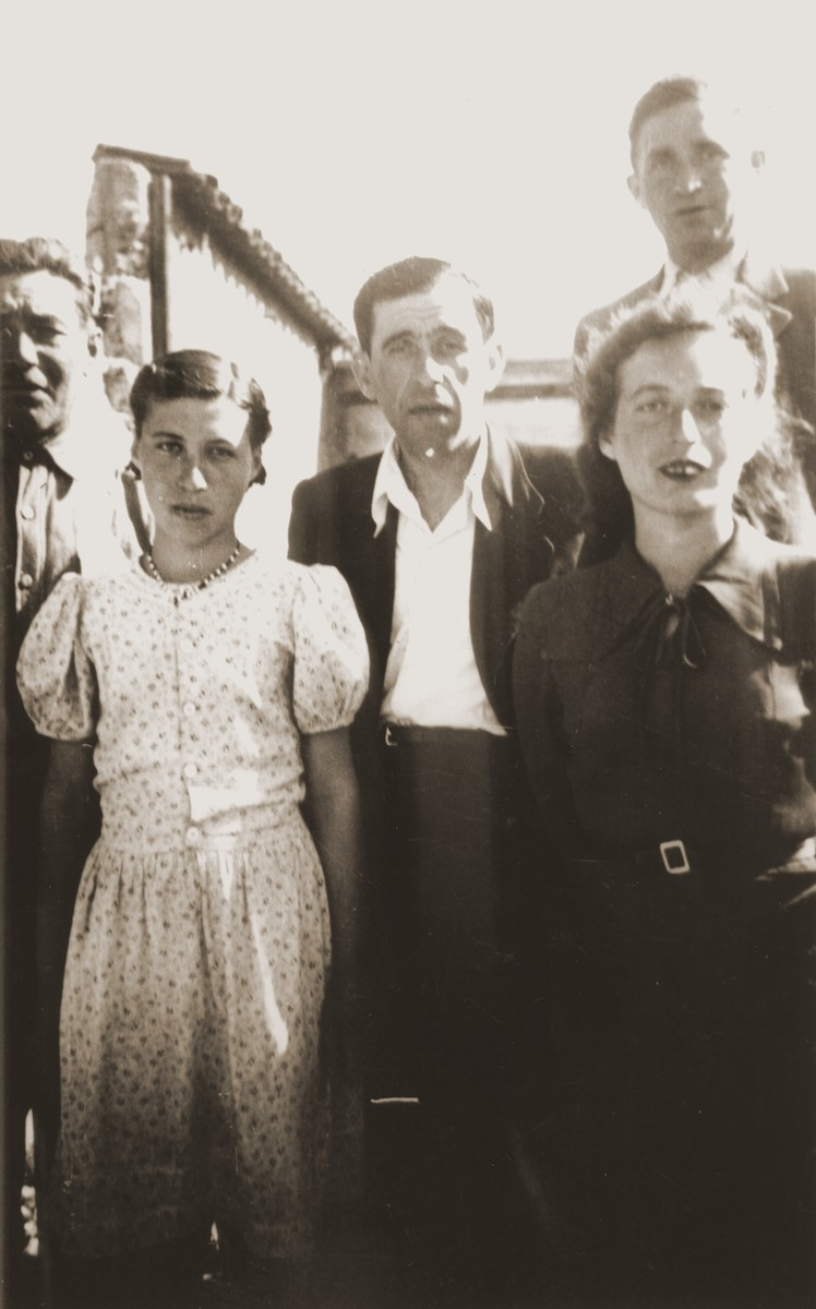 Rochelle Szklarski, the donor, with her father, Yudel and her sister, Bella shortly after their arrival at Bad Reichenhall.