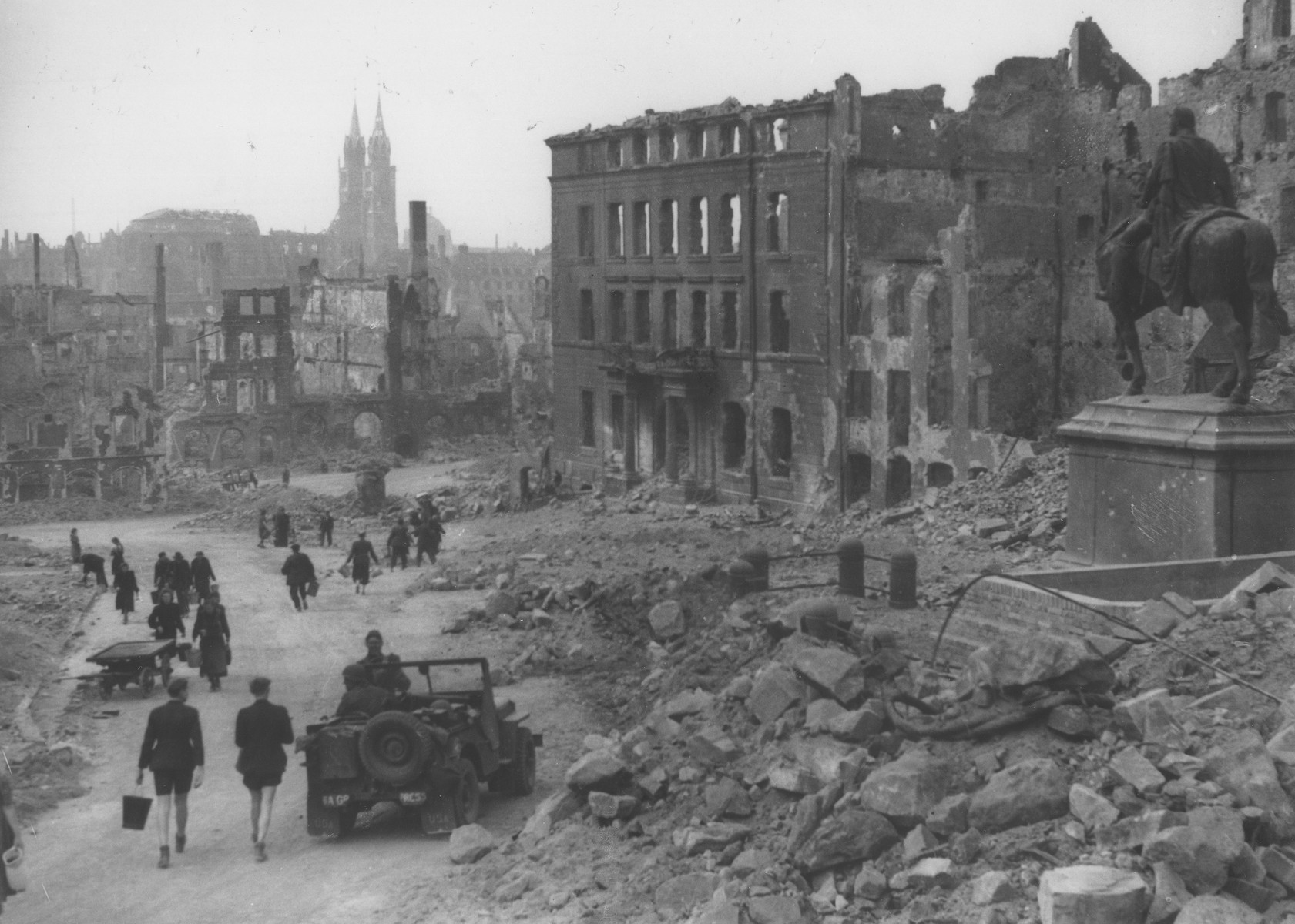 View of the bombed-out city of Nuremberg.    Visible in the distance is the twin-spired Lorenz Church, and on the right, a statue of Kaiser Wilhelm I.