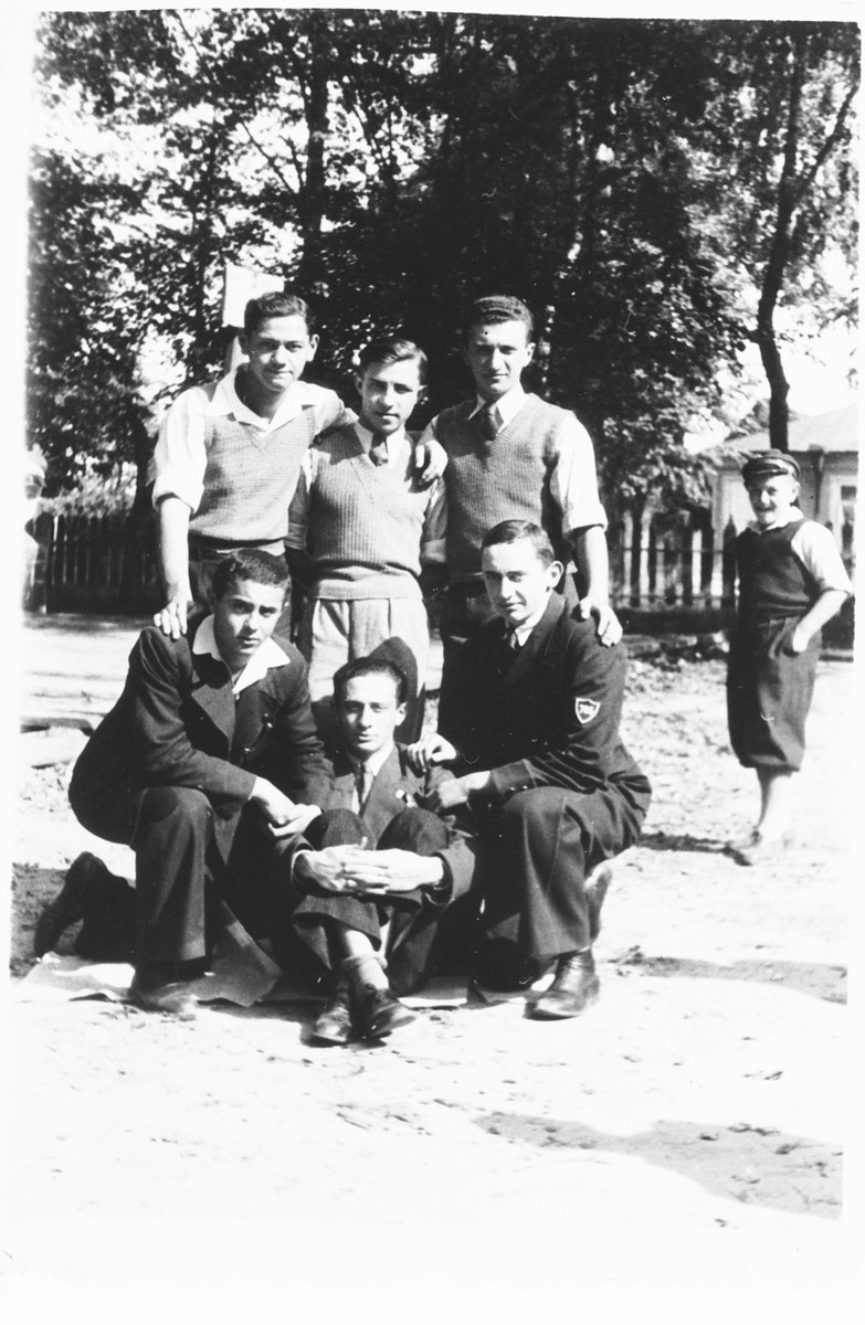 Jewish youth in Ostrog before the war.  Among those pictured is Jehuda Bornstein, who after the war worked for the Coordinatsia.