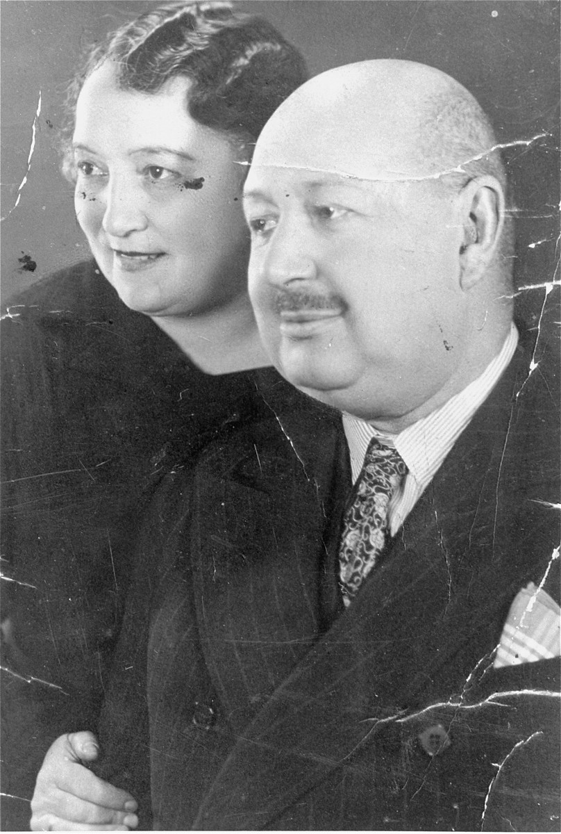 Portrait of the donor's parents, Jakub and Lilly Herzog, in Hlohovec, Czechoslovakia.
