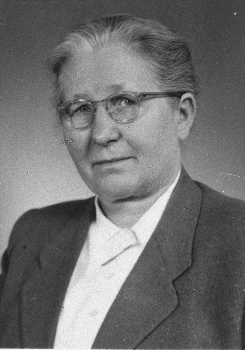 Hilda Kusserow, a Jehovah's Witness who was arrested in March 1936 and was a prisoner until 1945.  Kusserow spent the last 1 1/2 years of the war in Ravensbrueck, even after she was scheduled for release in August 1943, because she refused to sign a denunciation of her faith.  She died on 27 June 1979.