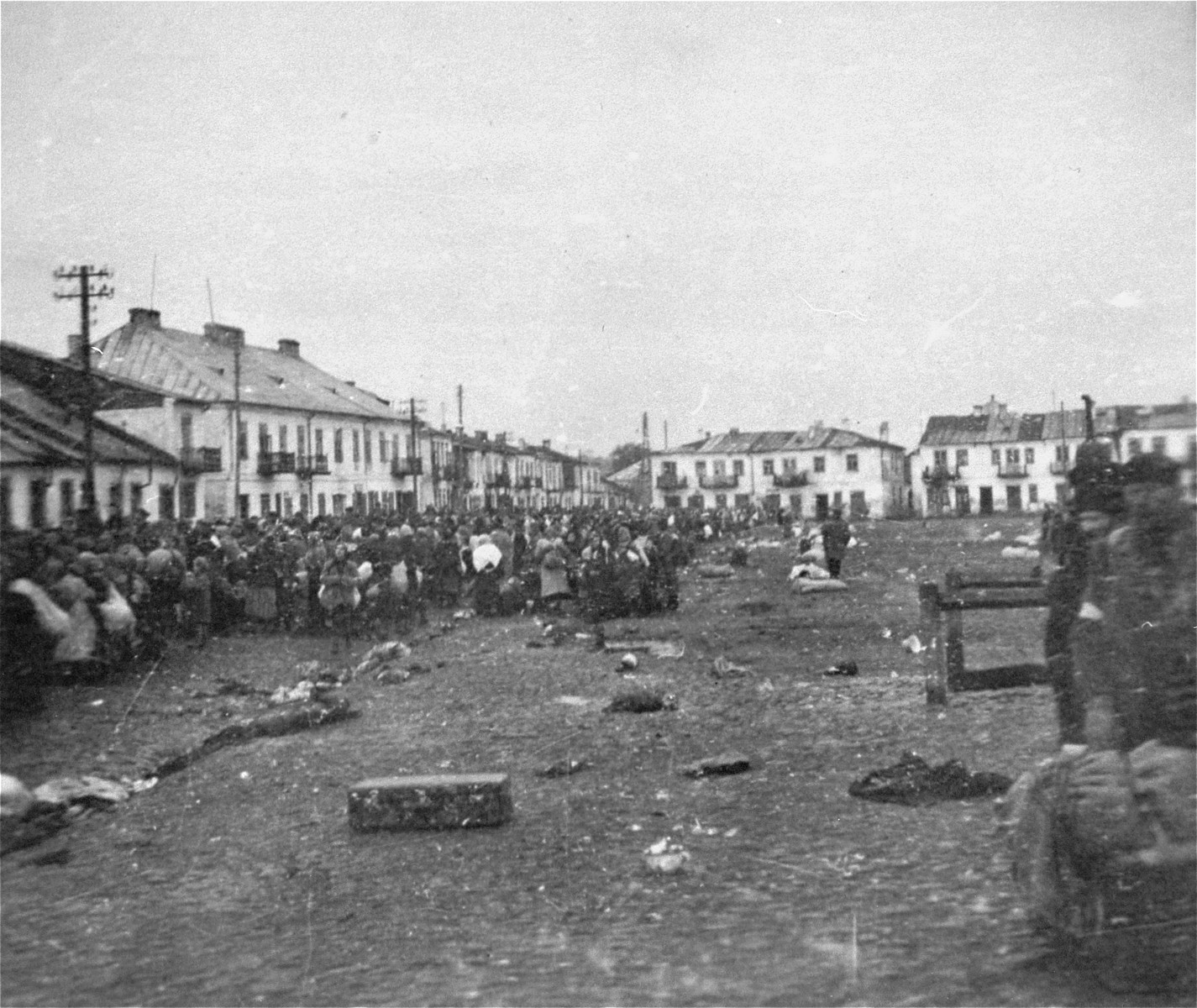 Jews are rounded up for deportation in the Wisznice ghetto.