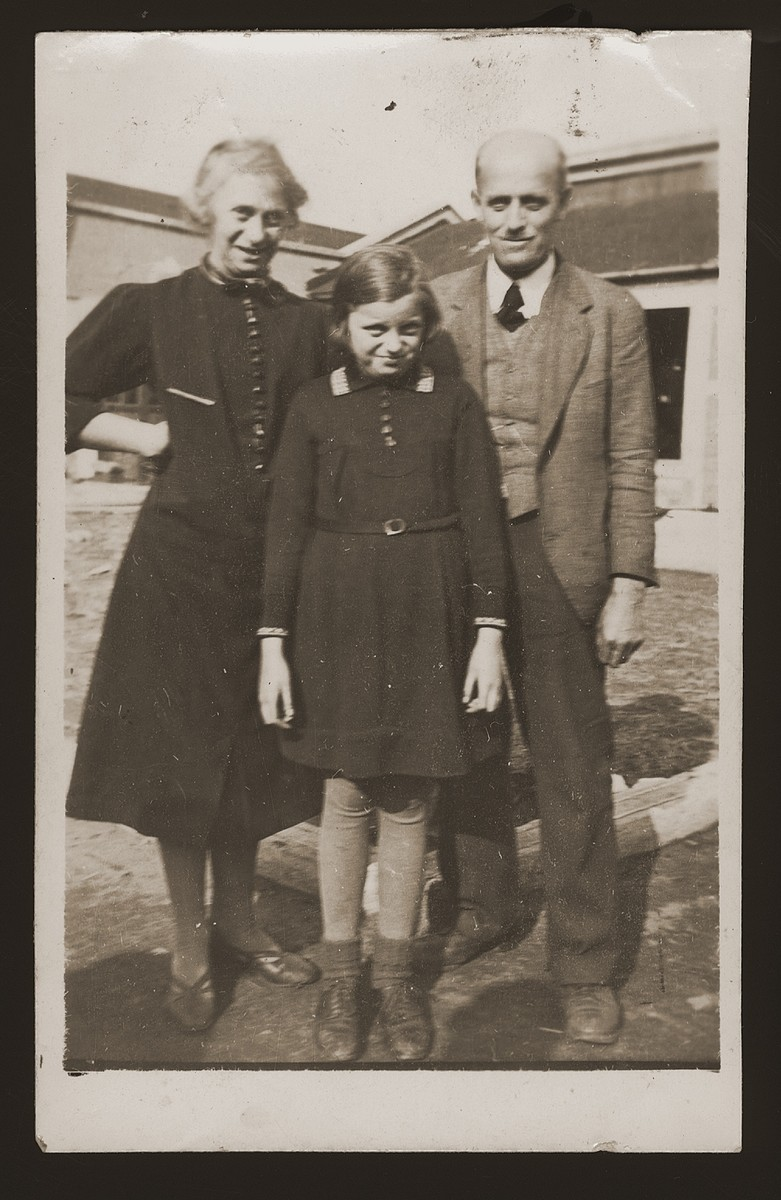 The Mansbacher family in the Pingliang refugee camp near Shanghai.    Pictured from right to left are Julius, Hannelore, and Kaethe.