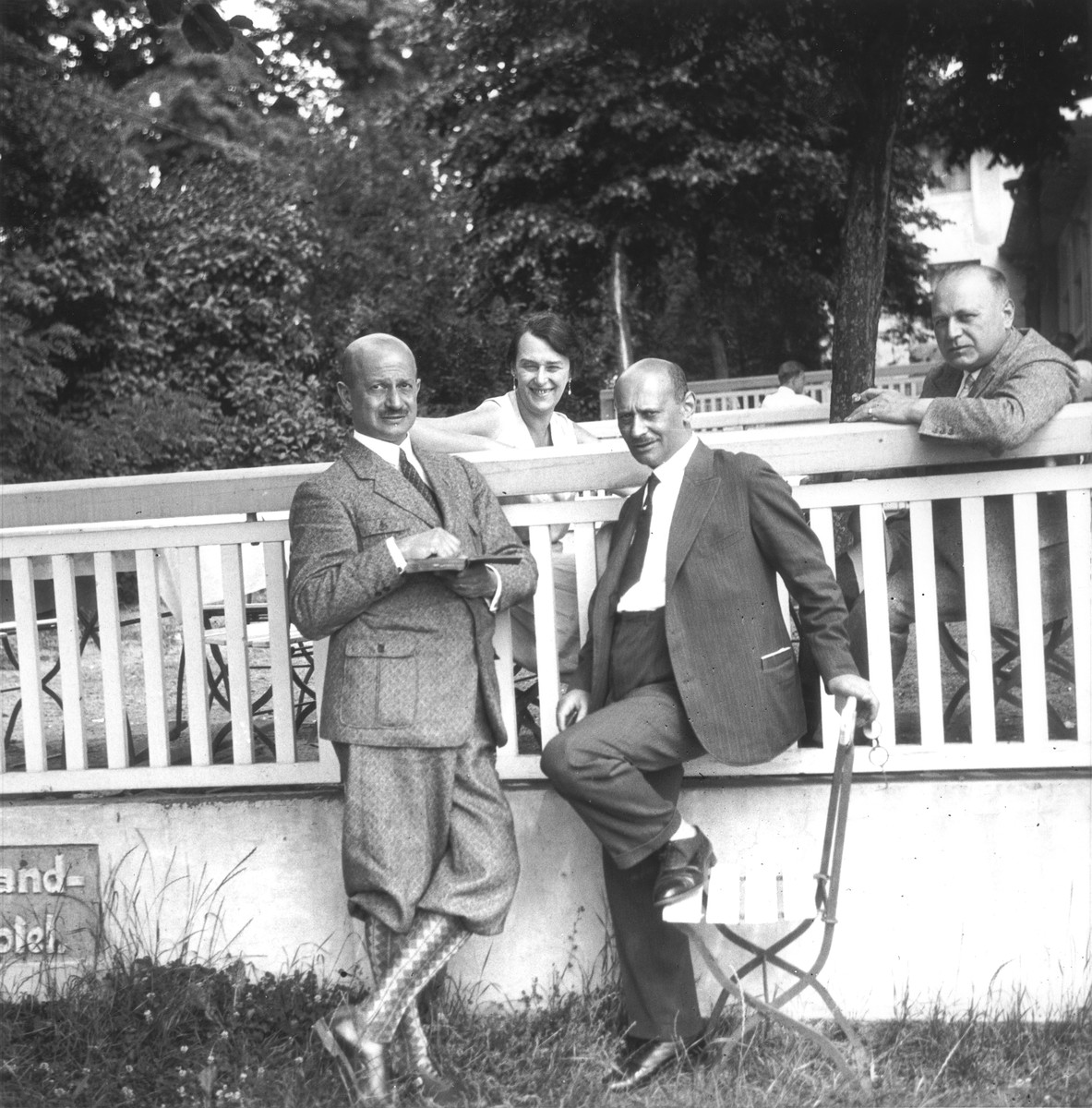 Georg Anker (second from the right) poses with friends on the terrace of a hotel.