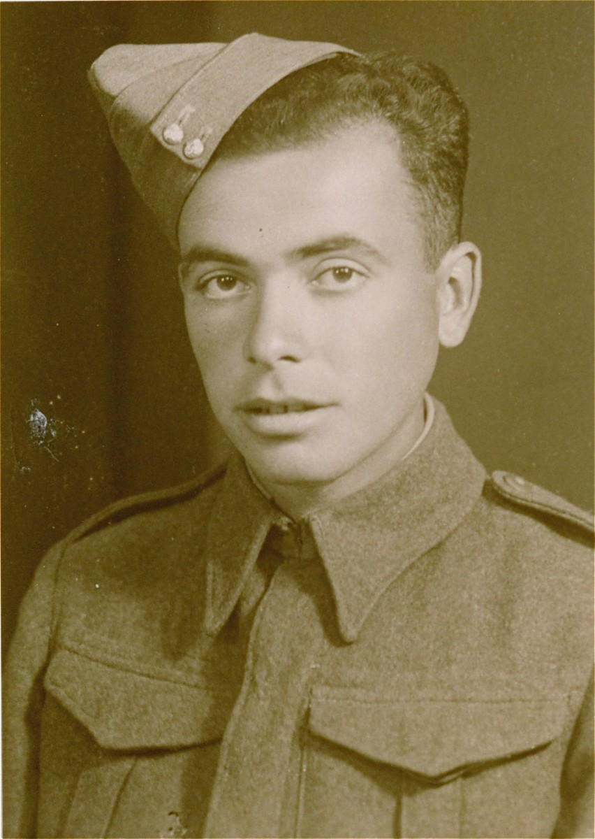 Portrait of Joshua Heilman during his military training as a Jewish volunteer in the British Army.