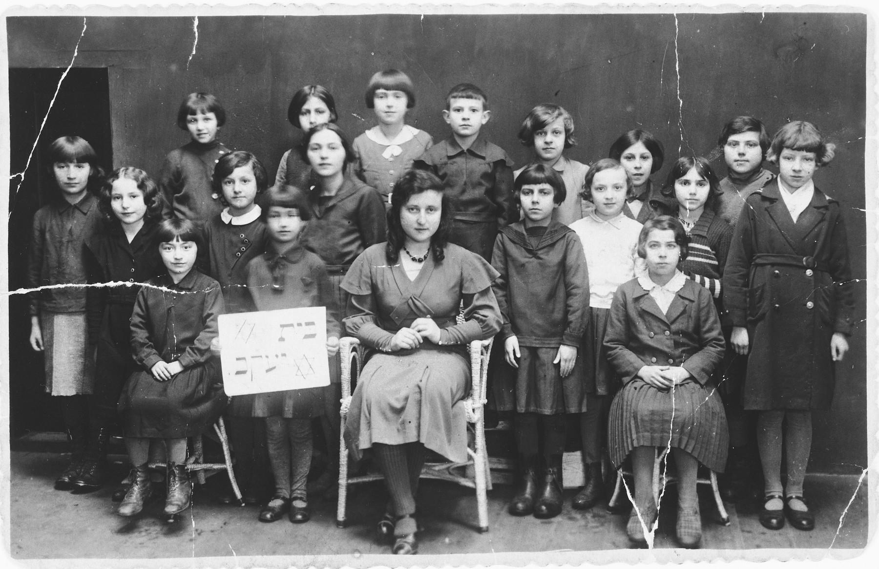 Girls in the Beit Yaakov school of Ustrzyki Dolne.