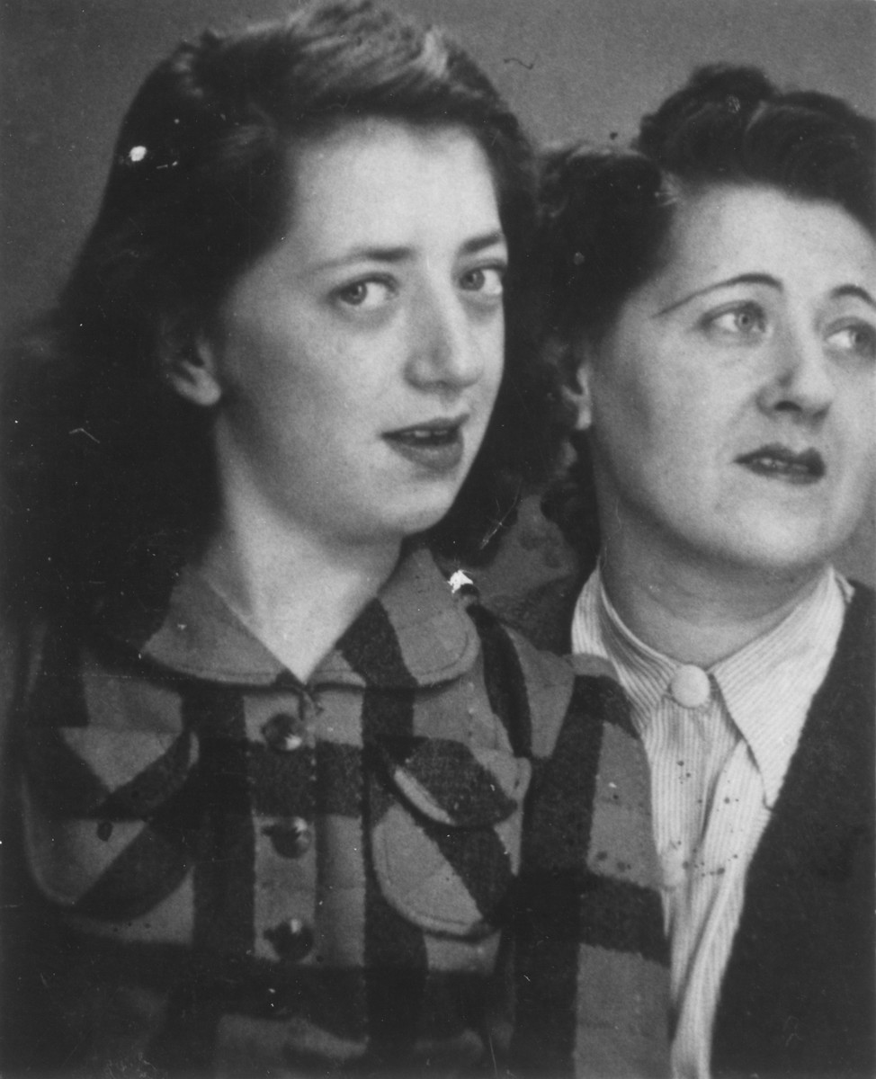 Portrait of Alice (Ellenboghen) Trost and her daughter Dorrit, living as Austrian-Jewish refugees in Belgium.    Alice Trost, the sister of Herma Ellenboghen, was deported and killed in Auschwitz