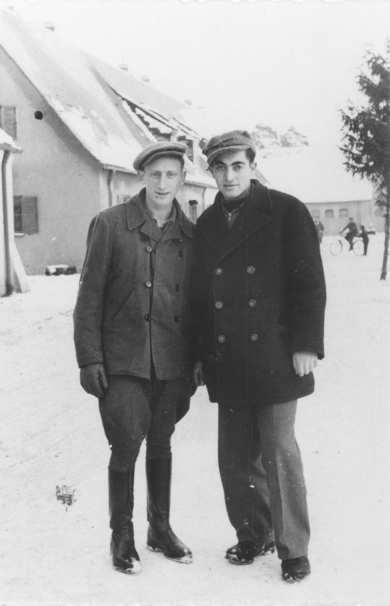 Shmuel Rakowski (right) poses with a friend from the hachshara [Zionist collective] Kibbutz Hathiya in the Foehrenwald displaced persons camp.