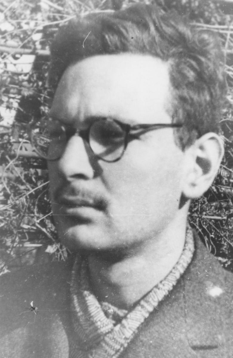 Identification photo of René Karschon taken in the Gurs internment camp.