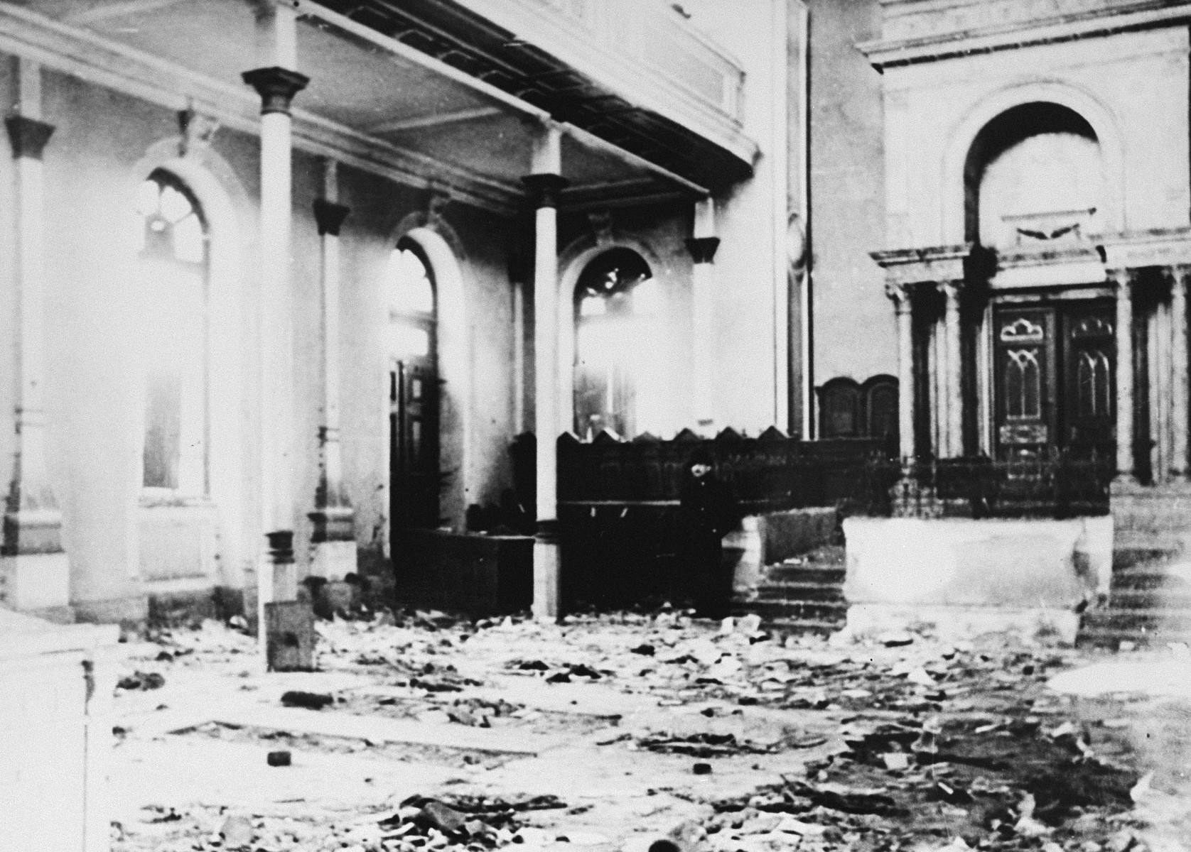 The destroyed interior of the Oulo Beces synagogue, following its vandalization by Hungarian soldiers.