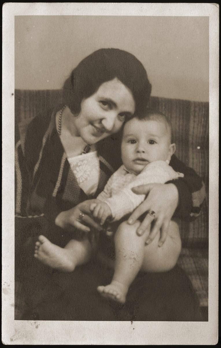 Helen (Berkovic) Goldberger and her son Gus.
