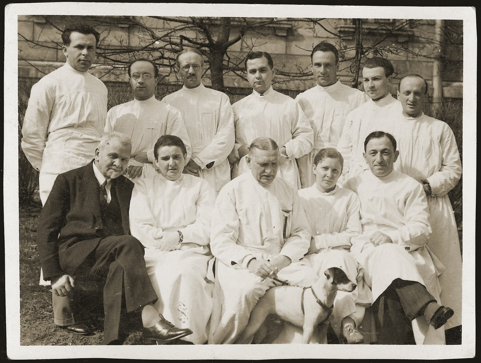 Group portrait of physicians in interwar Poland.