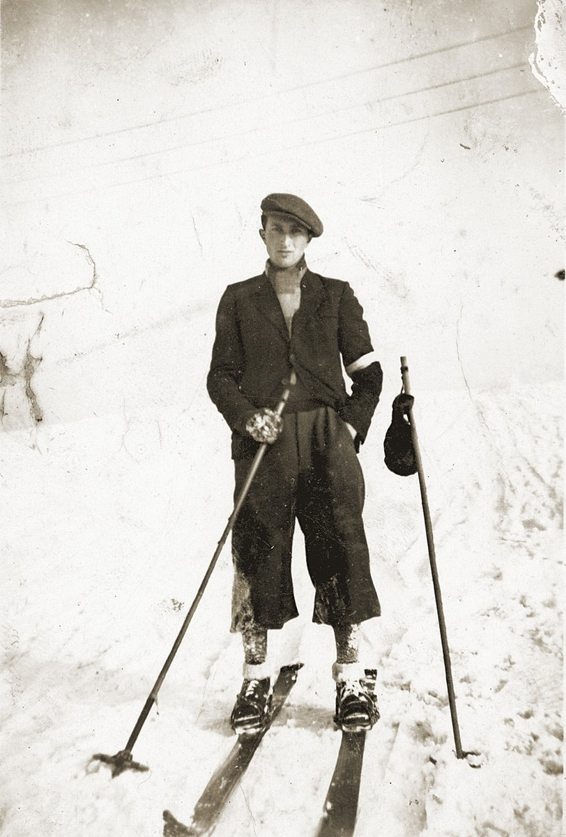 Yaakov Muszynski goes skiing in the Bedzin ghetto.