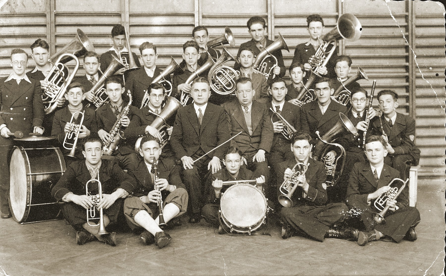 Students in the Furstenberg gymnasium band pose for a group portrait with their instruments.