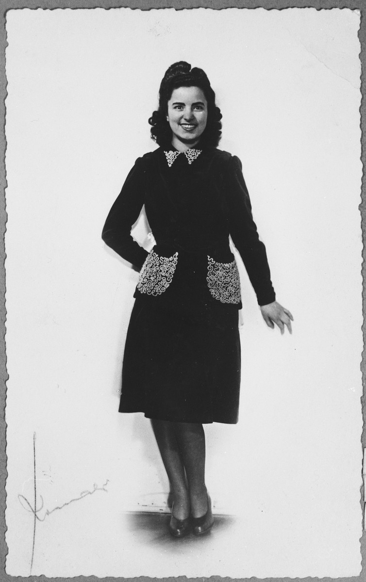 Portrait of Alegra Koen.