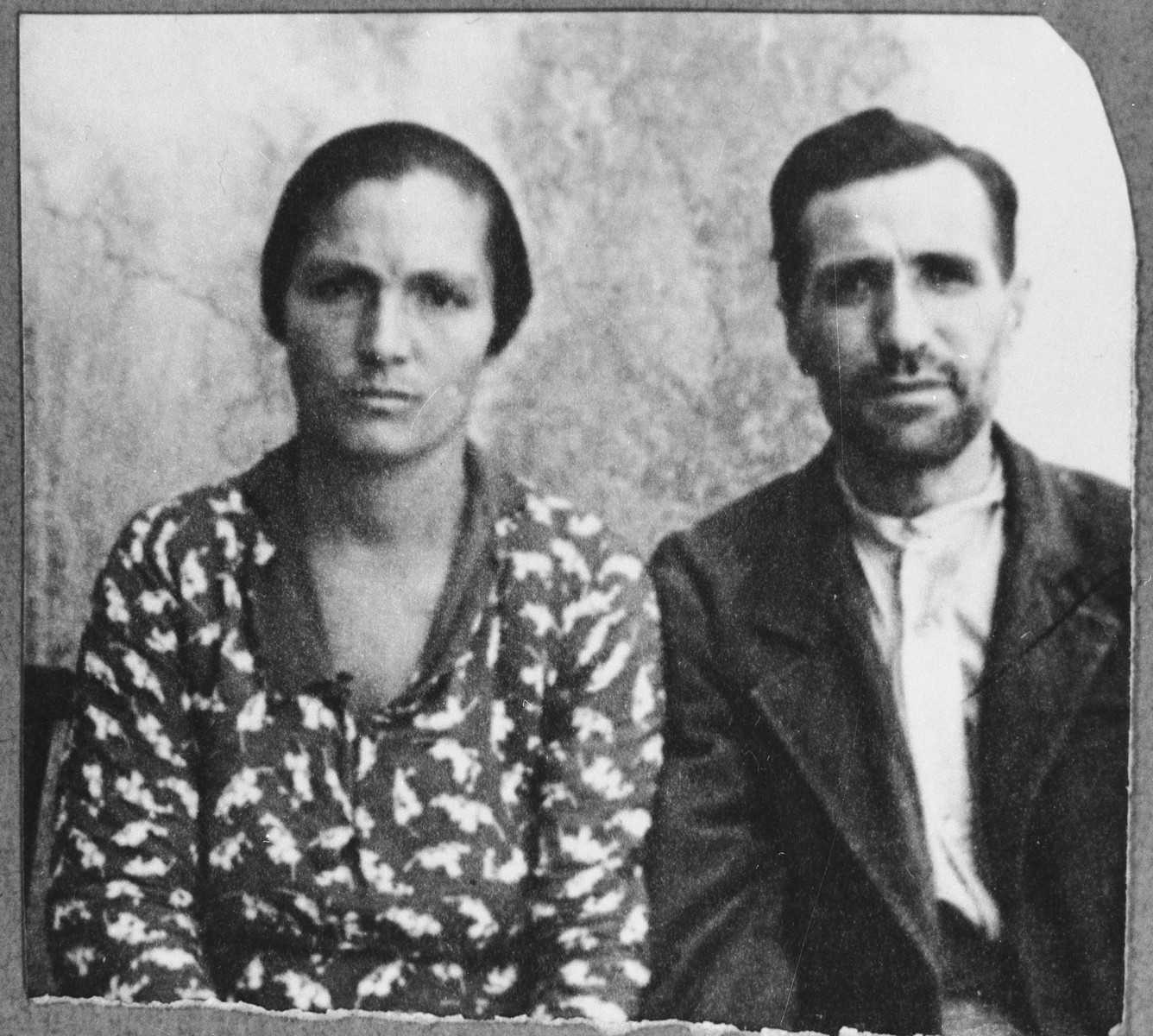 Portrait of Yuda Koen and his wife, Rekula.  Yuda was a broommaker.  They lived at Zmayeva 14 in Bitola.