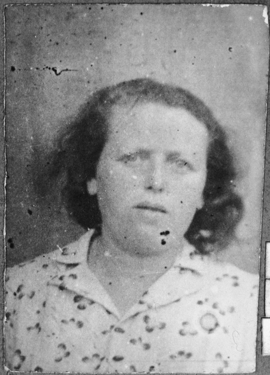 Portrait of Dona Koen, wife of Aron Koen.  She lived at Gostivarska 7 in Bitola.