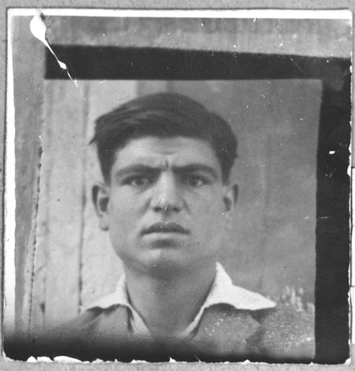 Portrait of David Koen, son of Aron Koen.  He was a carpenter.  He lived at Karagoryeva 75 in Bitola.