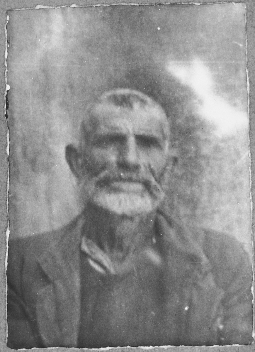 Portrait of Mushon Koen.  He was a sackmaker.  He lived at Drinska 119 in Bitola.