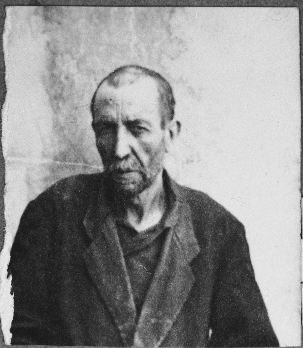 Portrait of Yakov Koen.  He was a locksmith.  He lived at Karagoryeva 47 in Bitola.
