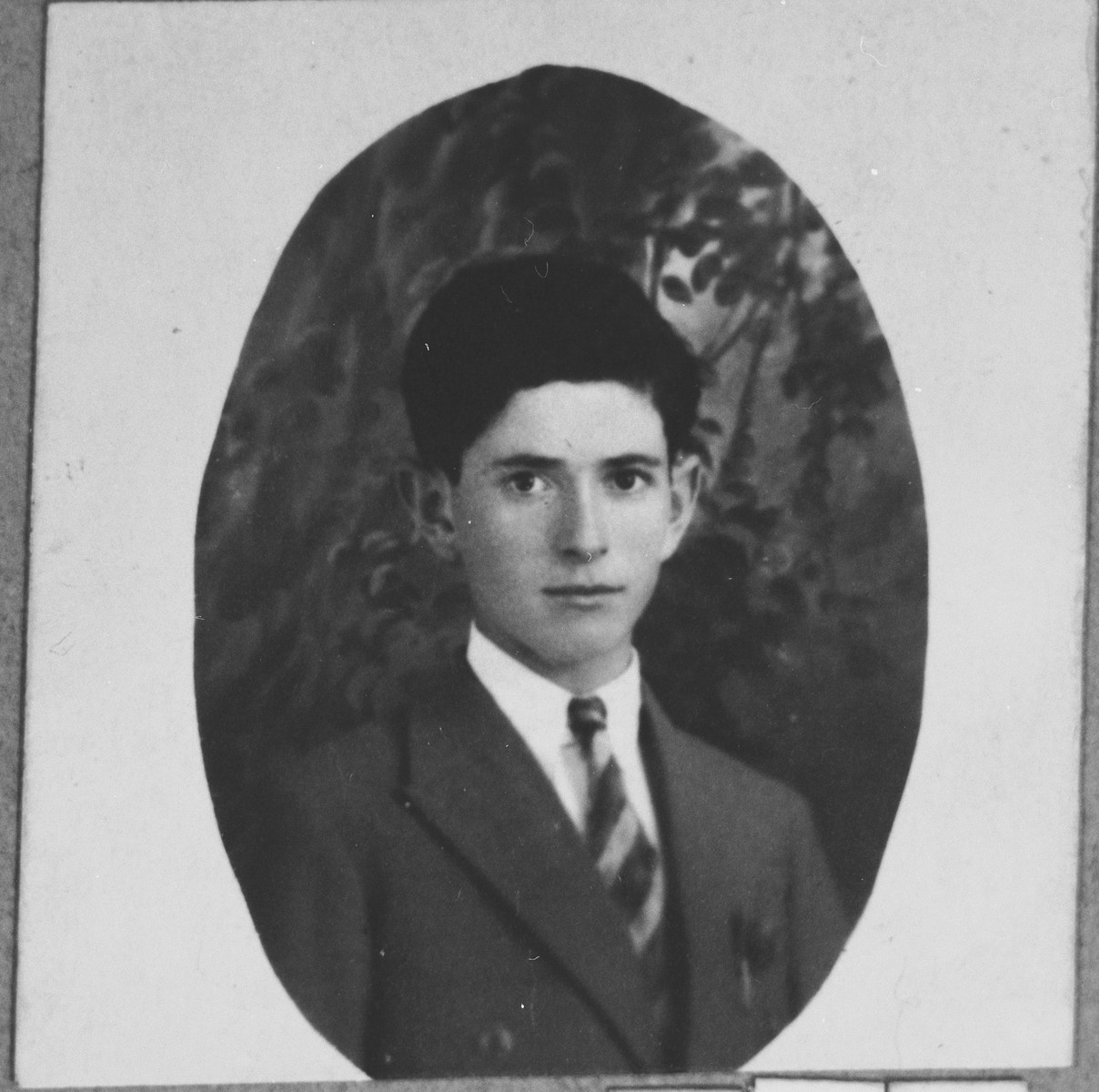 Portrait of Mois Koen, son of Shalom Koen.  He was a miller.  He lived at Banatska 21 in Bitola.
