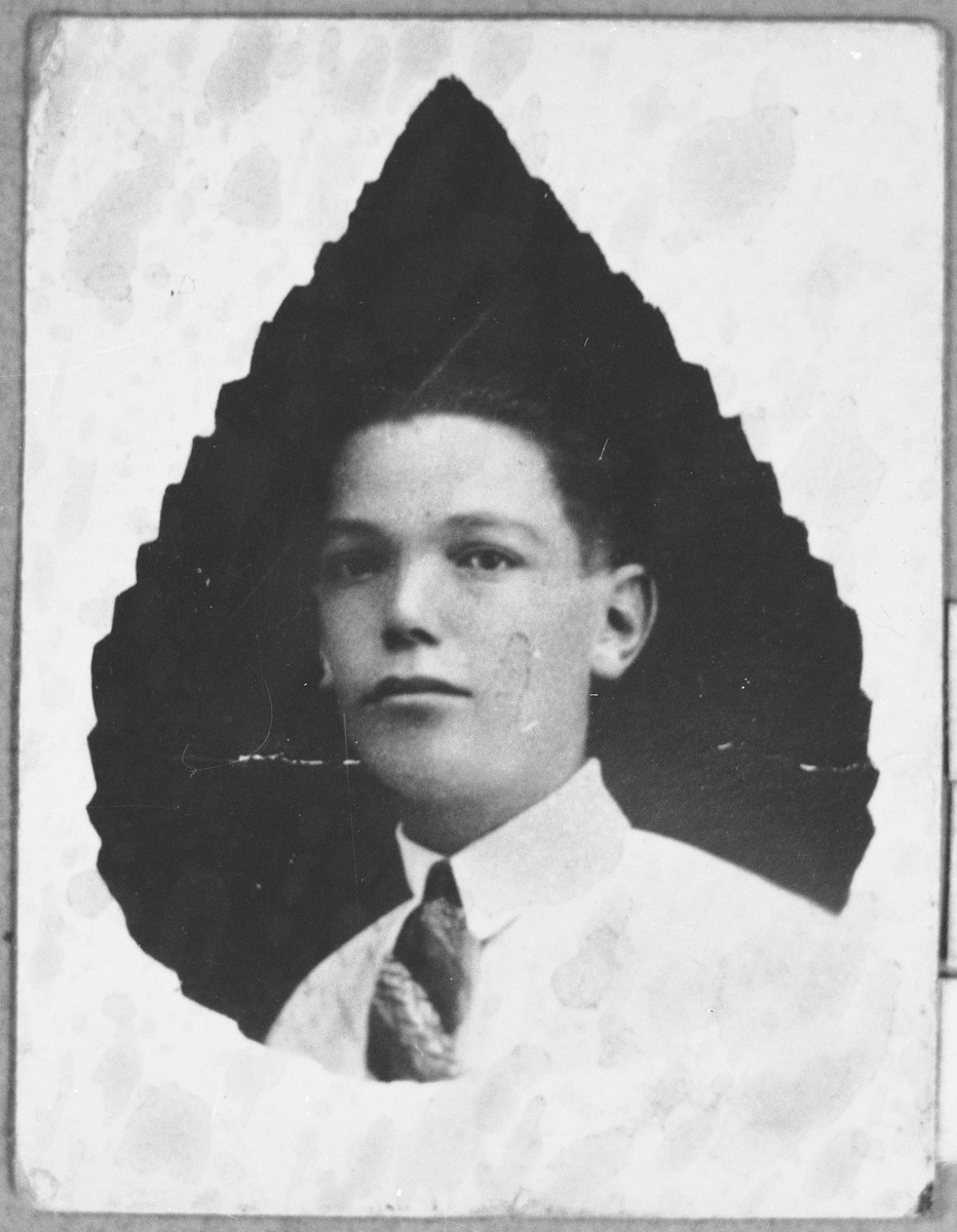 Portrait of Rachamin Koen.  He lived on Asadbegova in Bitola.