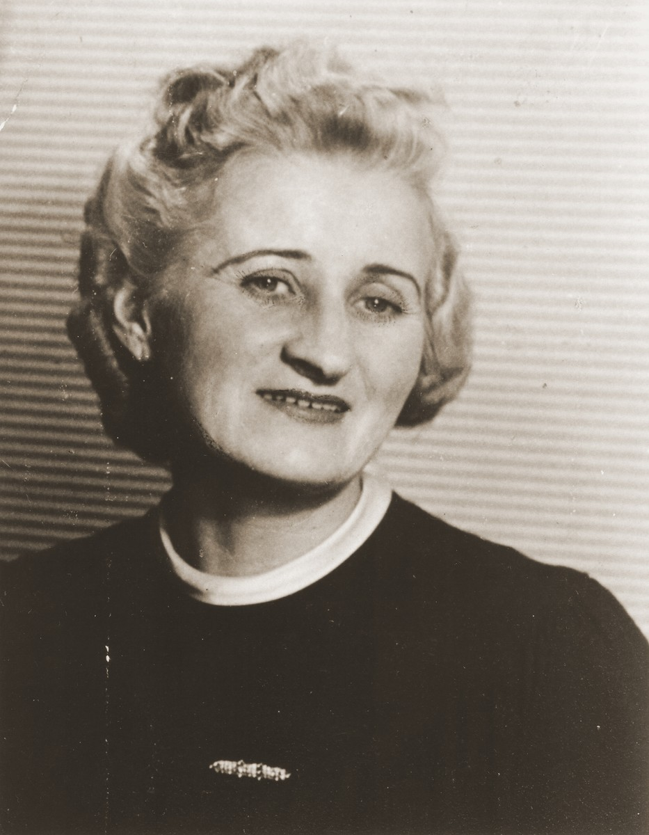 Portrait of Mrs. Barbanilova, one of the women who hid Rozia Grossman during her three years of hiding in and around Warsaw.
