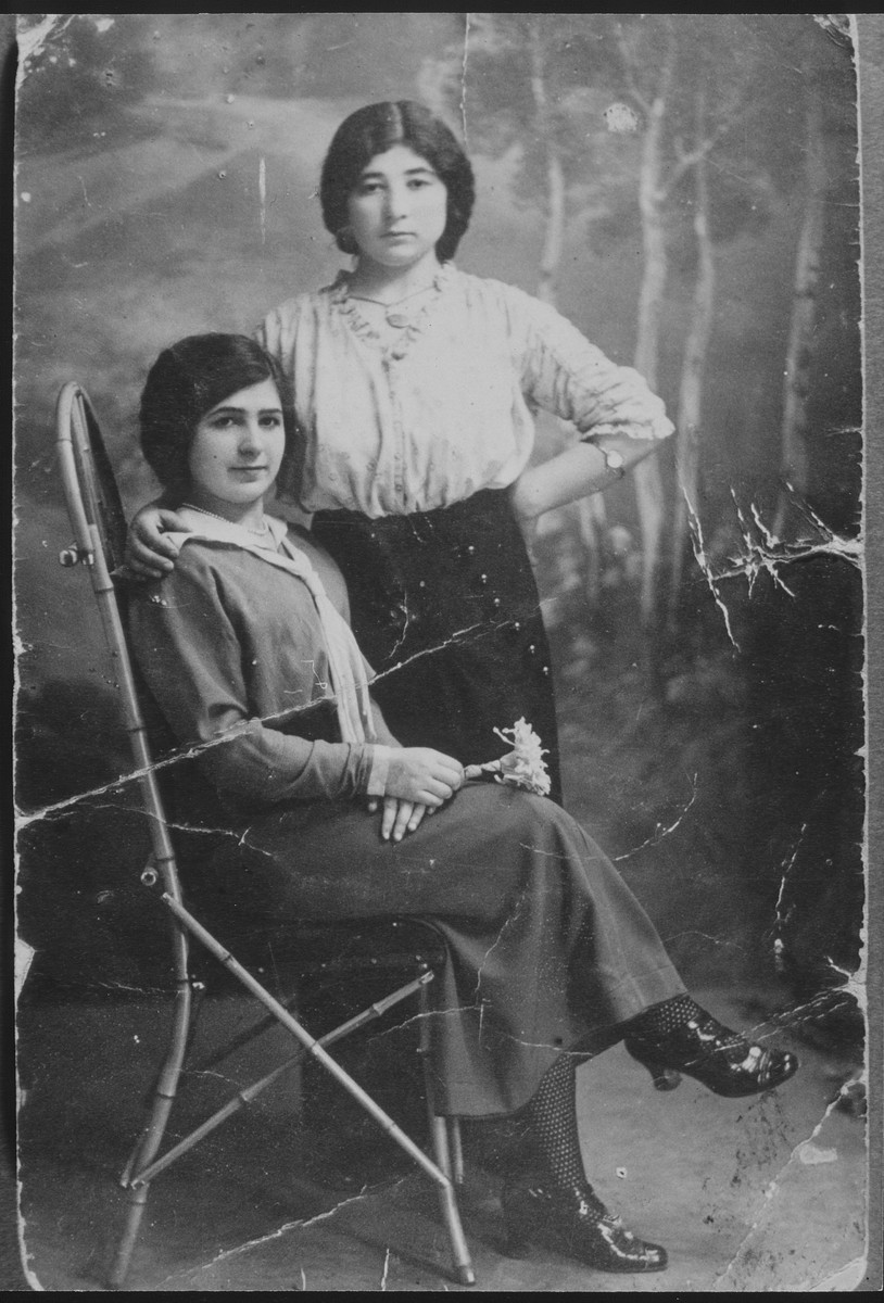 Studio portrait of two sisters.  Pictured are Ettl and Chana Glombocki