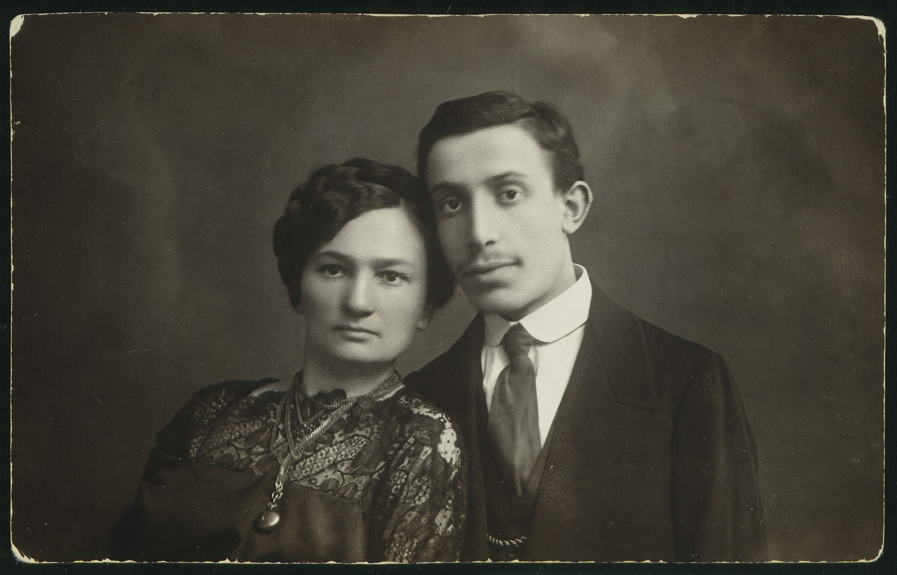 Portrait of a young couple in Eisiskes.