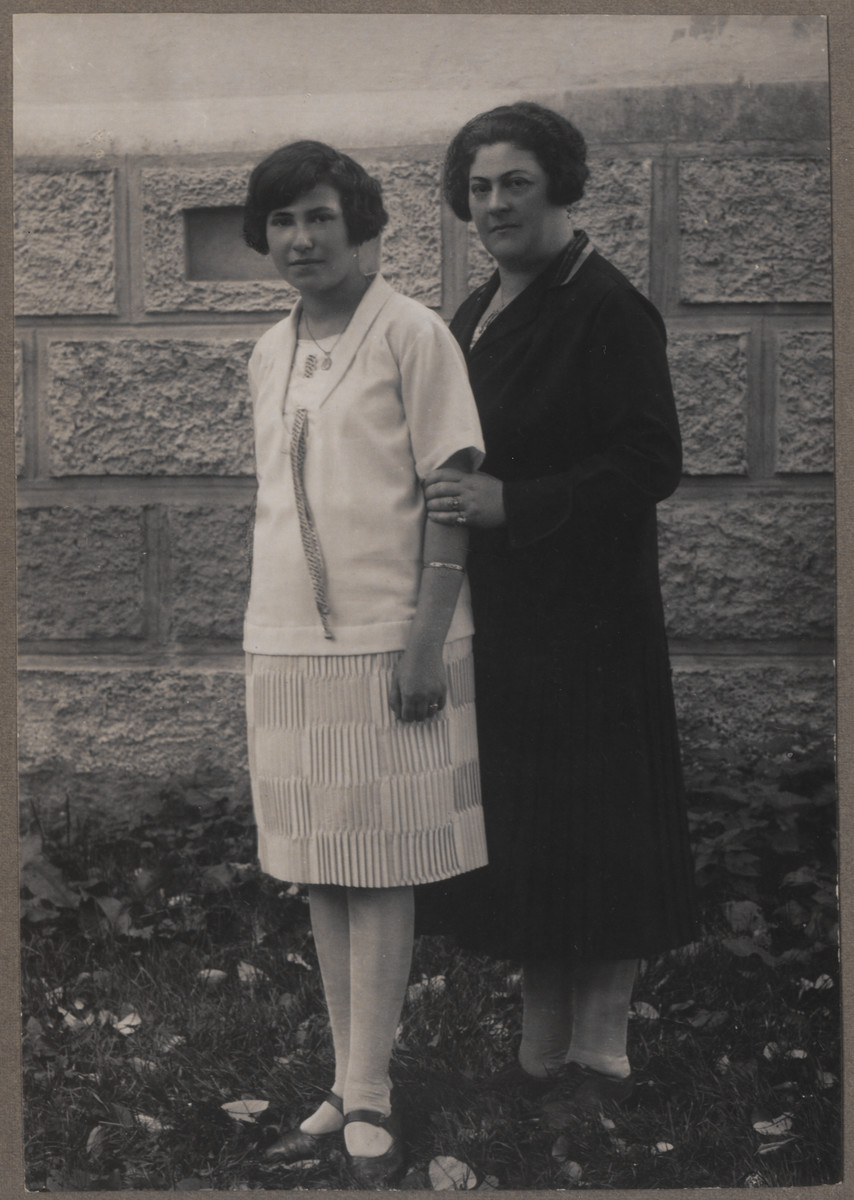A Jewish mother and daughter pose together.    Pictured are Helena Amkraut and her mother, Zofia (nee Lieberman) Schiff.
