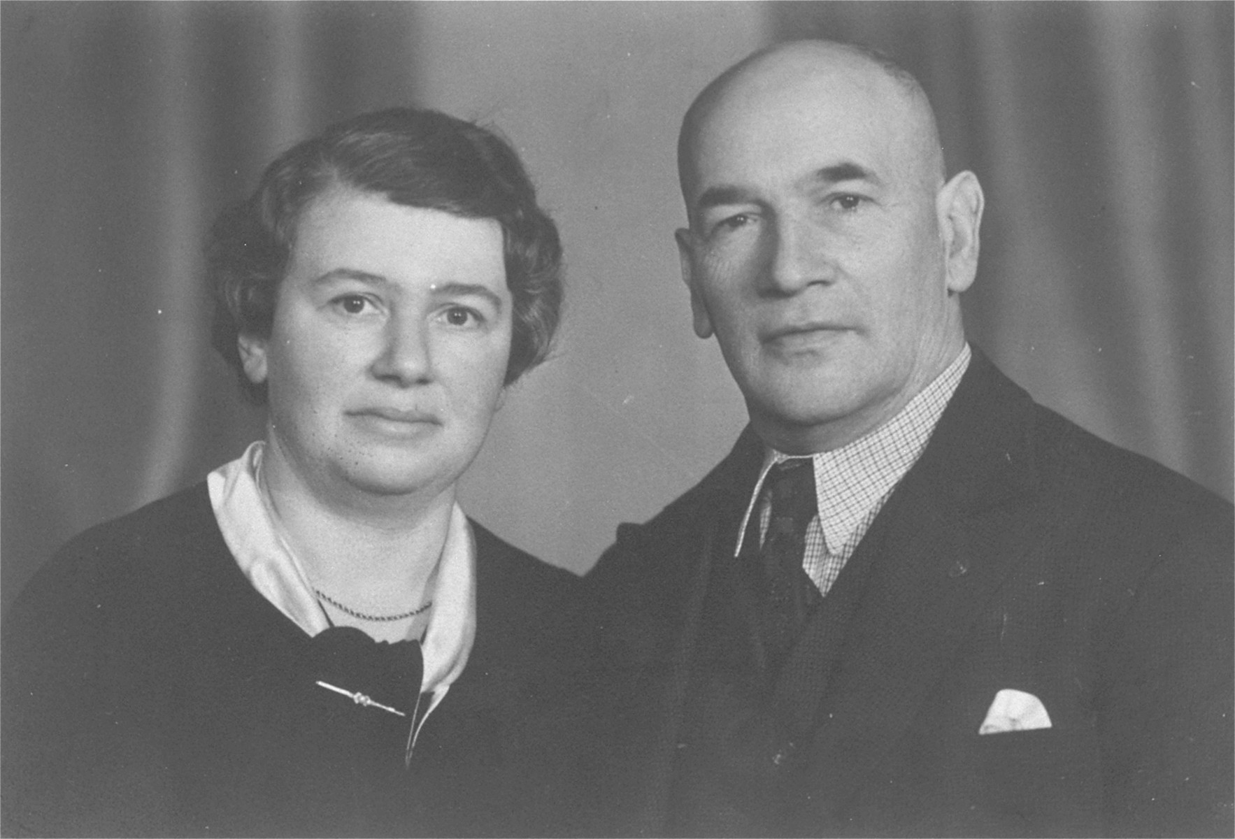 Portrait of the donor's parents, Emil and Klara David Dahl.