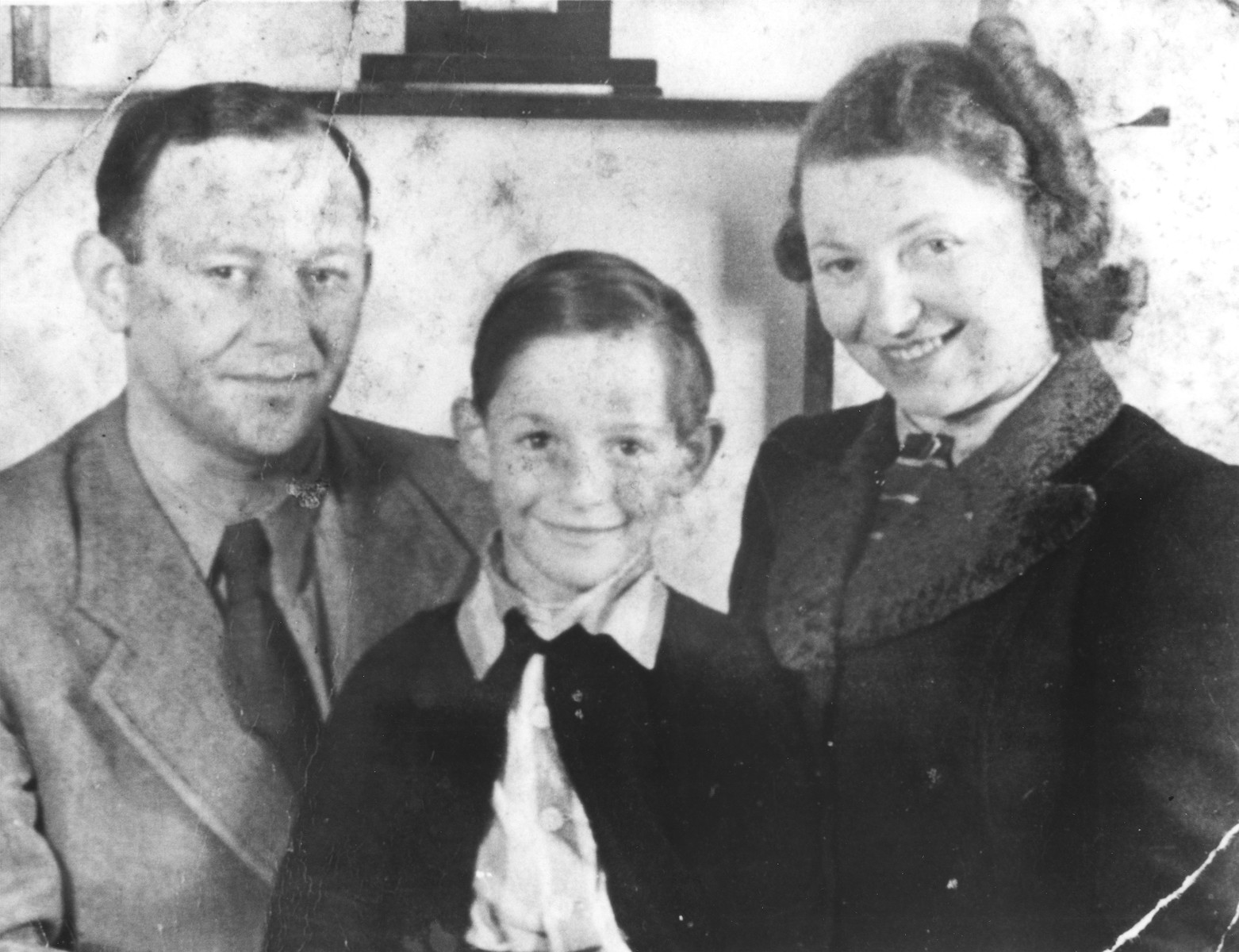 Michael Fink and his parents Manfred and Herta in the the Westerbork internment camp.