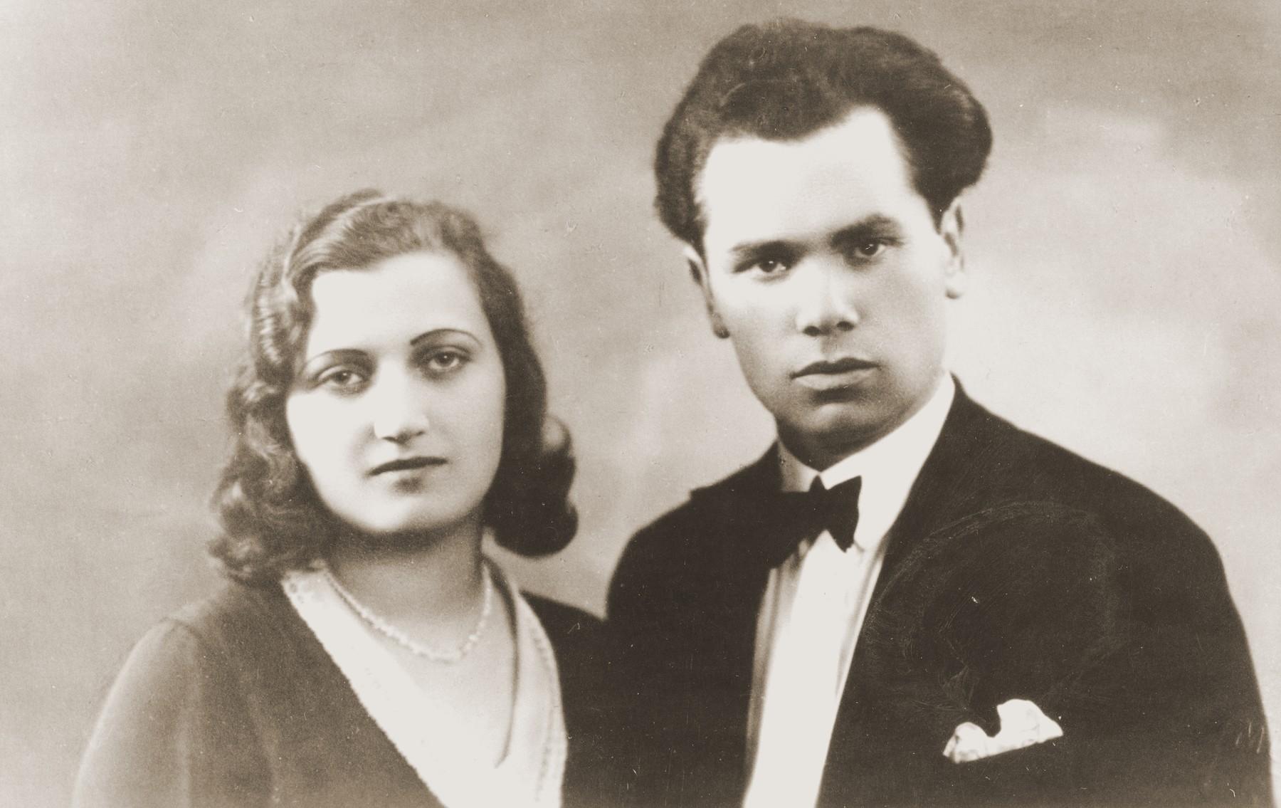 Engagement portrait of a Jewish couple in Kovno, Lithuanian.  Pictured are Liza Zachrozitzki and Jacob Lifschitz.