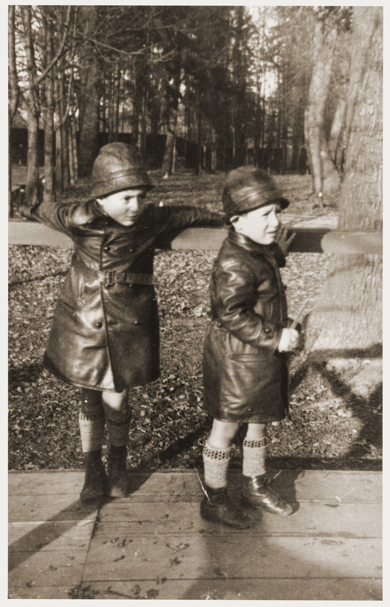 Amos and Binyamin Rabinovitch in leather coats bought by their maternal grandmother in Karlsbad.