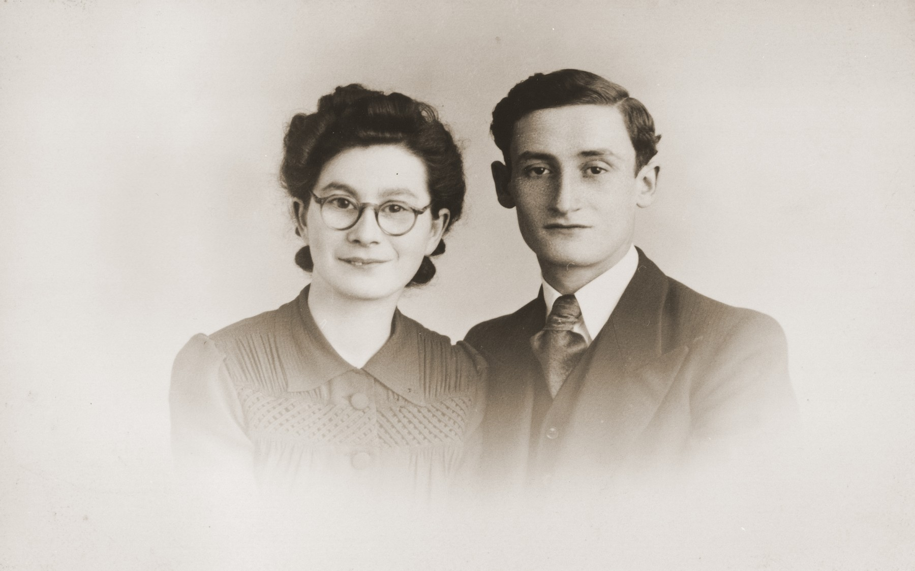 Engagement photo of Bettie Meijer and Horst ?.  Both were deported from Holland and killed in Sobibor.