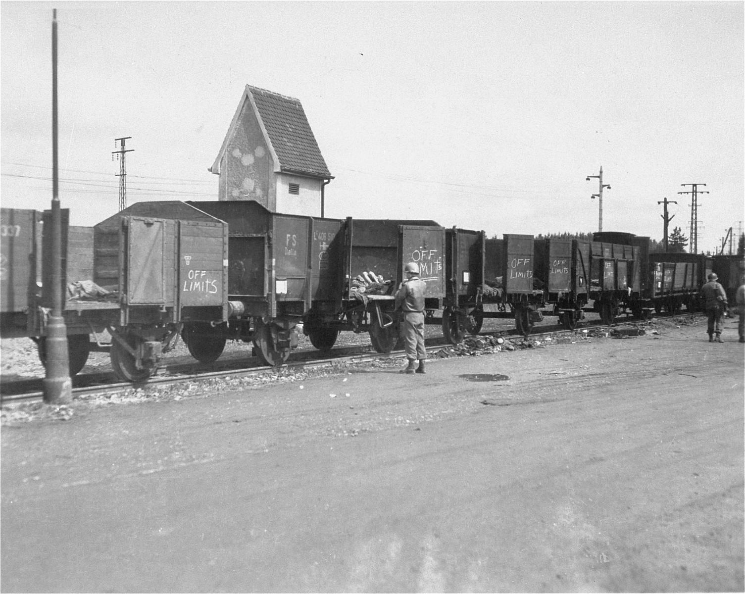 American soldiers view the Dachau death train.