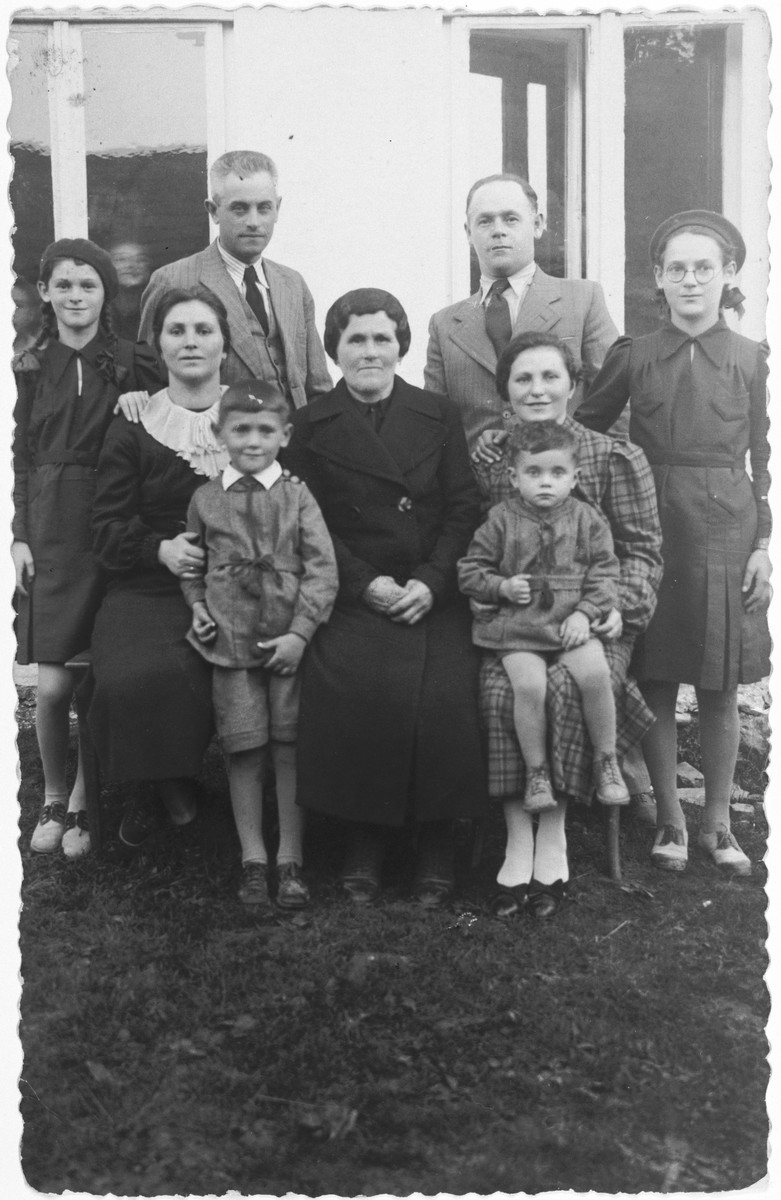 Prewar photo of the Mautner family.  The family was deported to Auschwitz and only the father survived.