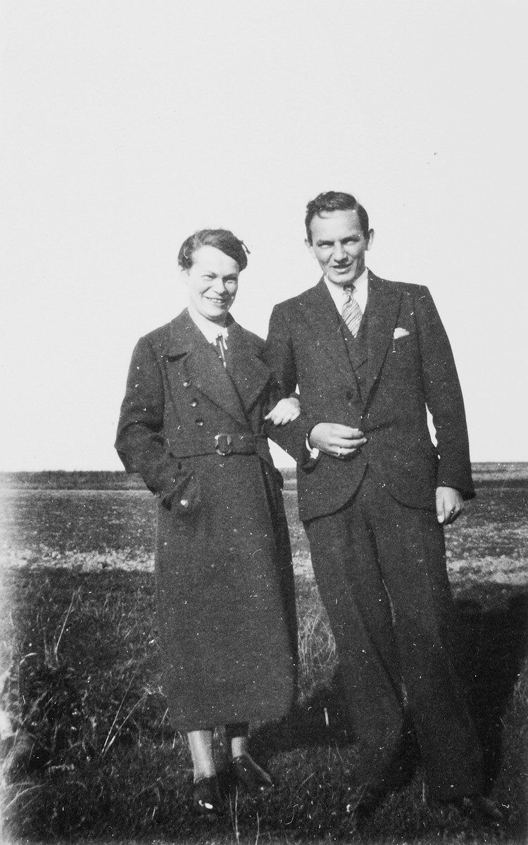 Portrait of Martha (Weissler) Karliner and her brother, Walter.