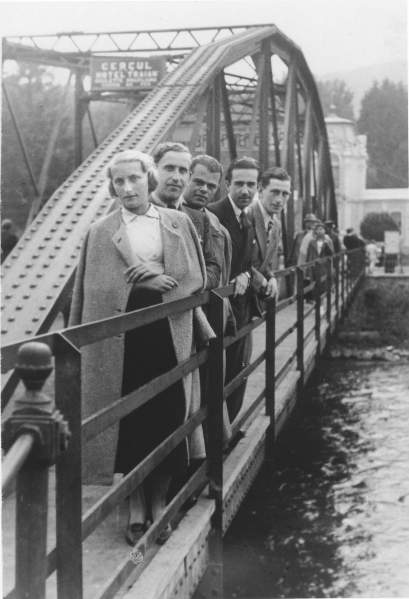 Lotte Gottfried (front) with four friends on a bridge in the resort town of Iacobeni in Bukovina.