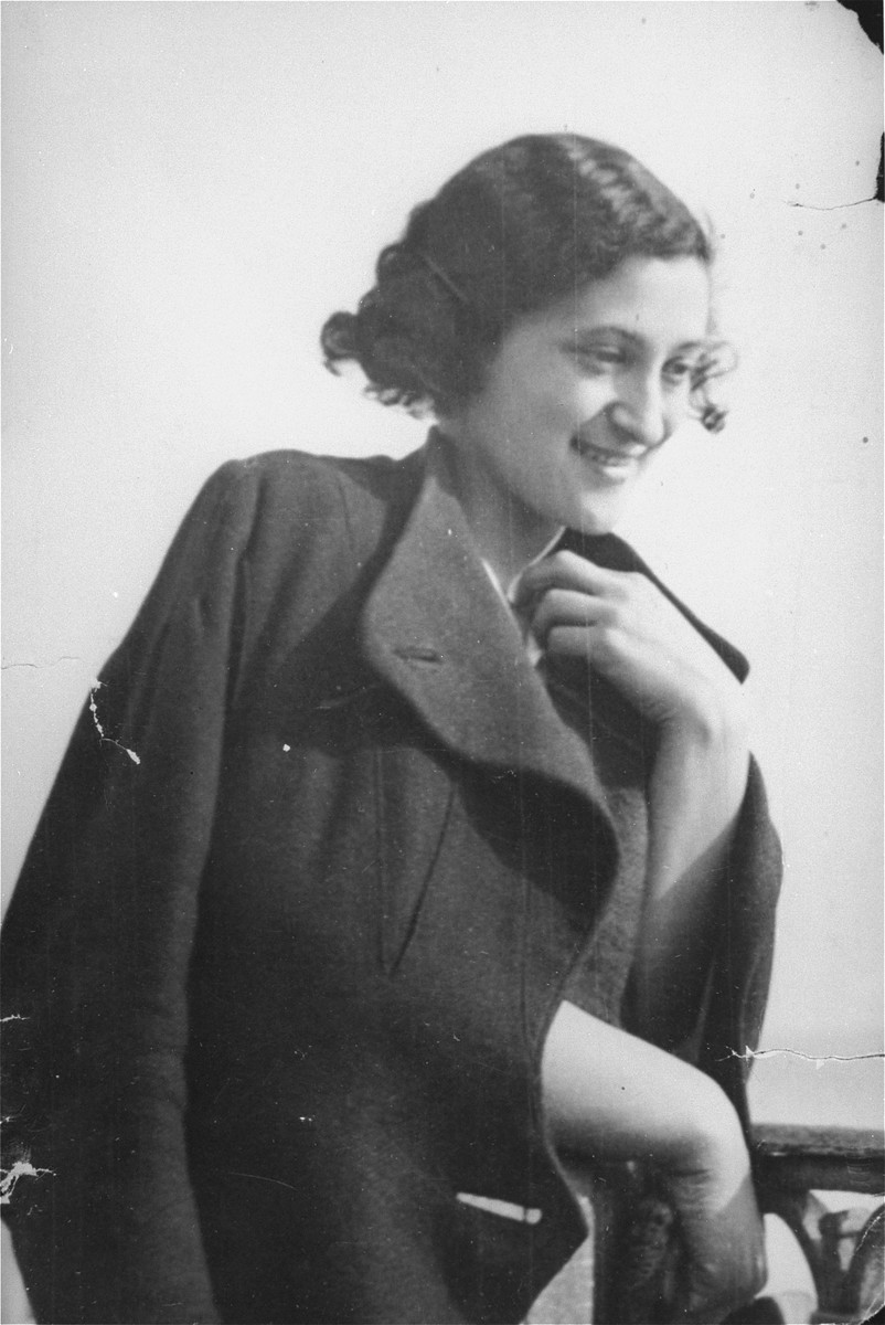 Portrait of Lillian Vinograd Bobrow.