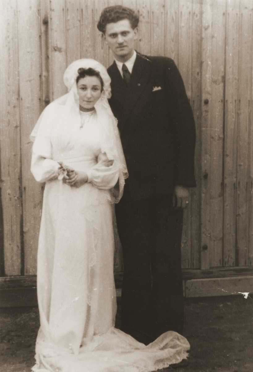 Wedding portrait of Lilly and Ludwig Friedman.