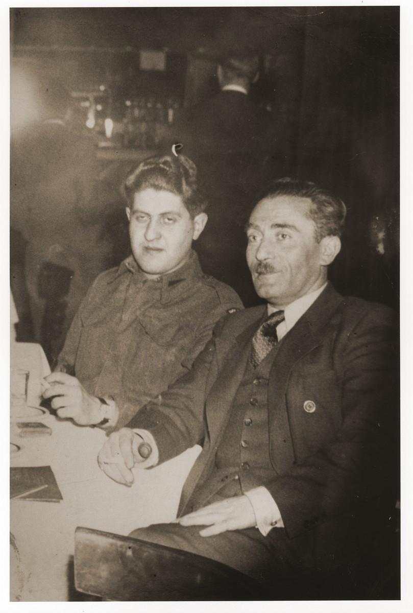 Szmul Artur Zygielbojm and Kazik Bem in New York.