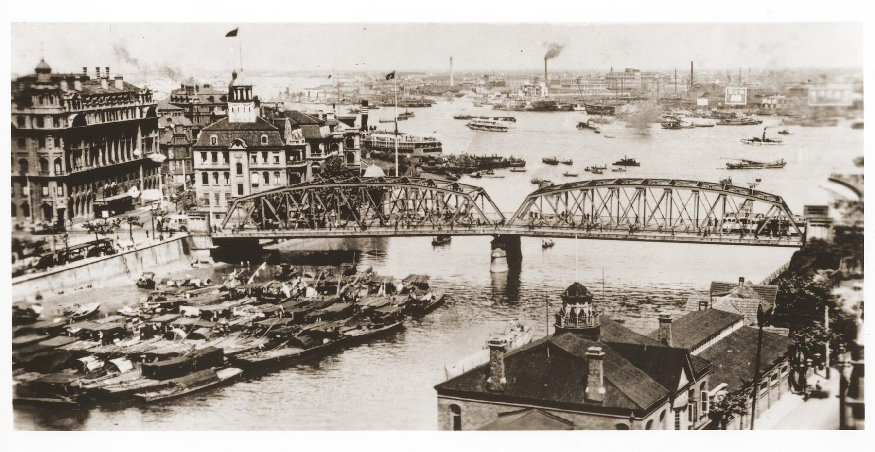 View of the Garden Bridge over the Yangtsepoo River in Shanghai.